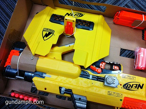 NERF Sale 50% Off Stampede Raider Recon Unboxing Review (20)