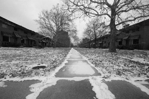 Detroit 2012 - con un gran comentario del autor clickando en la imagen - CC sj carey -