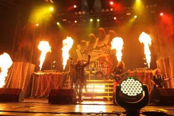 Judas Priest & Black Label Society t1i-8140