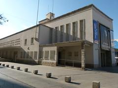 El edificio fue durante años el mercado de mayoristas. / F. Gutiérrez