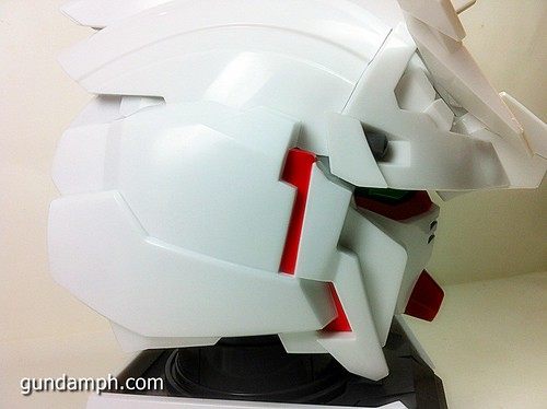 Banpresto Gundam Unicorn Head Display  Unboxing  Review (30)