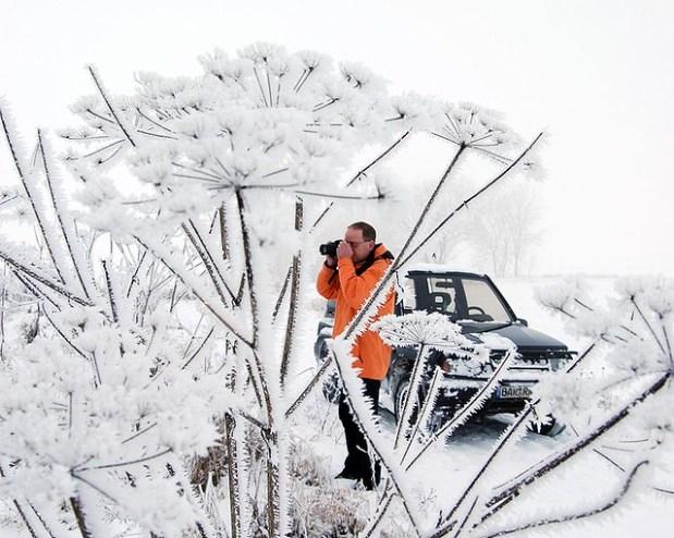 751px-Fotografieren-im-winter