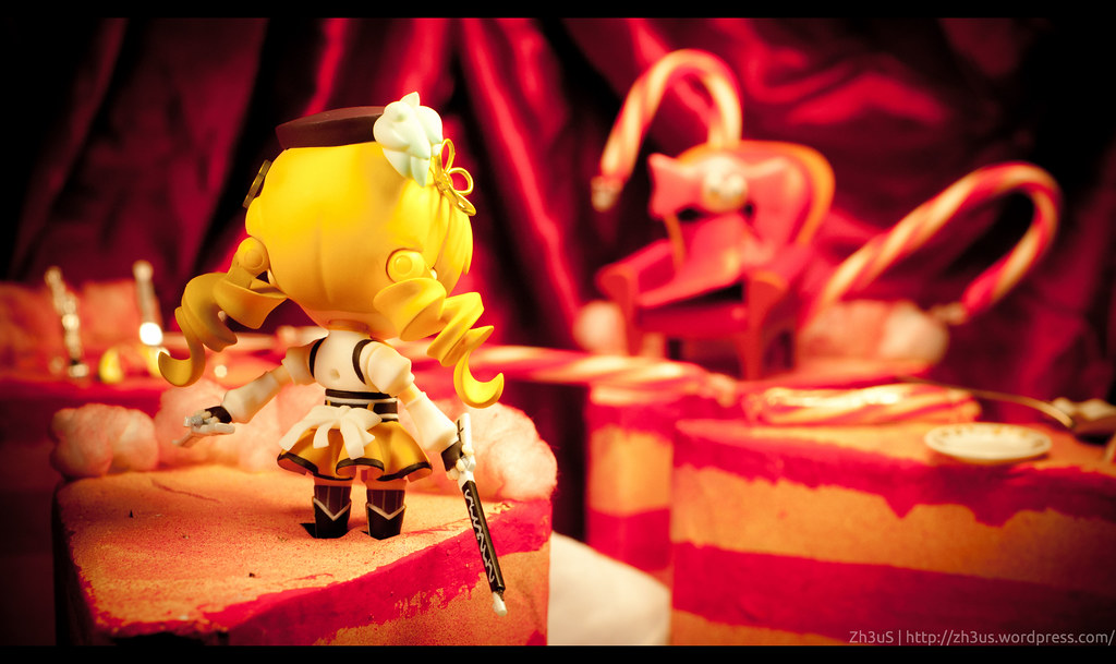 Tomoe Mami Nendoroid (16 of 35)