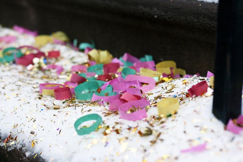 confetti.1