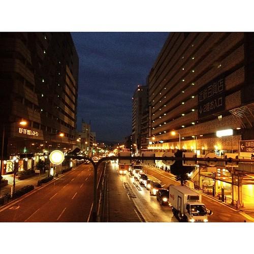 いつもの時間なのに、夜が明けてない…。#iphonography #instagram #iphone4s