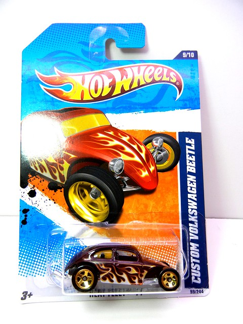 HOT WHEELS CUSTOM VOLKSWAGEN BEETLE PURPLE (1)