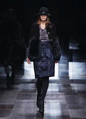 Autumn:Winter 2009 Campaign - Fashion Show (14)
