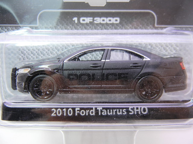 GREENLIGHT BLACK BANDIT 2010 FORD TAURUS SHO POLICE (2)