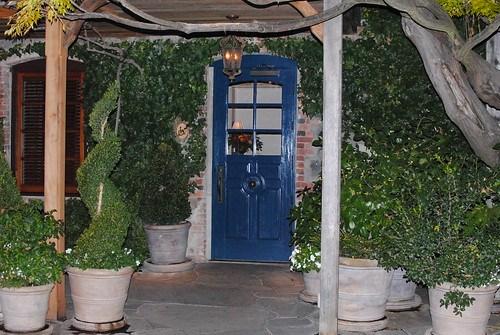 FL blue door