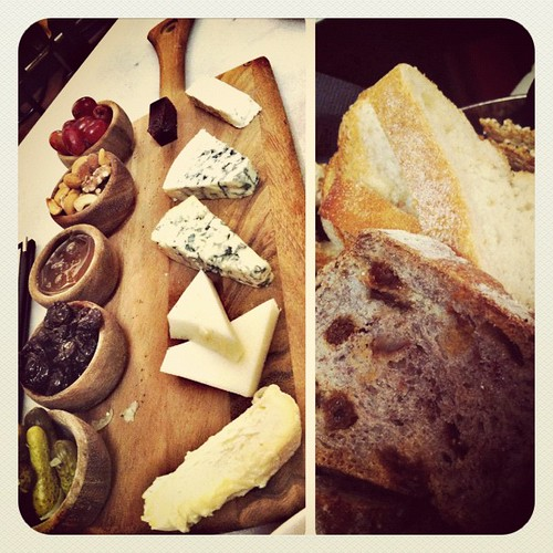 180: cheesy cheese nom noms