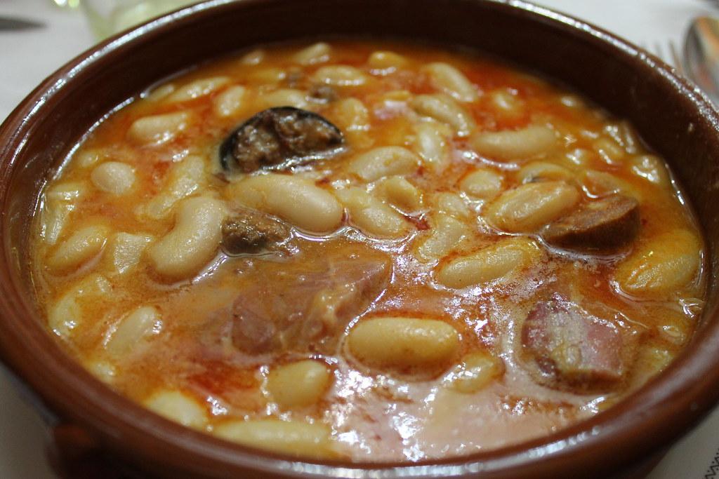 Fabada asturiana en Sidrería Diego