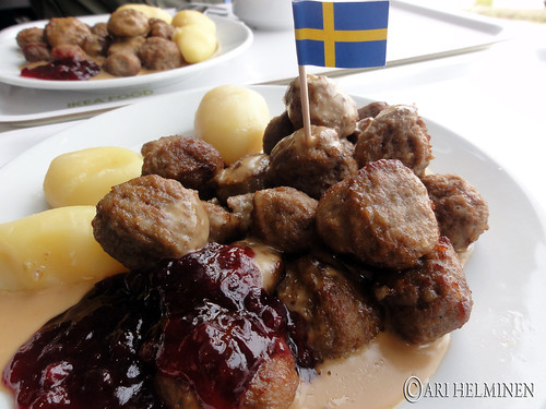 Ikea in Japan Meatballs
