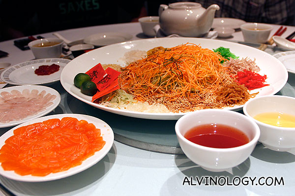 Min Jiang's Yu Sheng with two kinds of raw fish