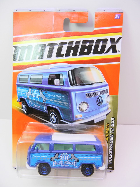 MATCHBOX VOLKSWAGEN T2 BUS (1)