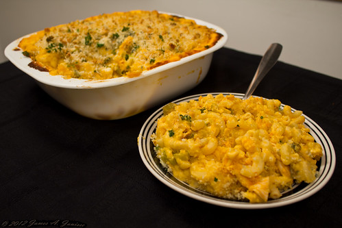 Buffalo Chicken Mac and Cheese 10