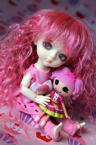 Maybe Mauve loves dollies