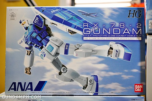 new haul rx-78-2 ANA Gundam may 2012 (3)