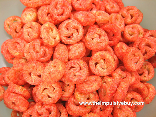 Quaker Life Strawberry Crunchtime Cereal Closeup