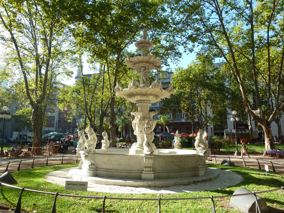 Fountain in Plaza de la Constitución