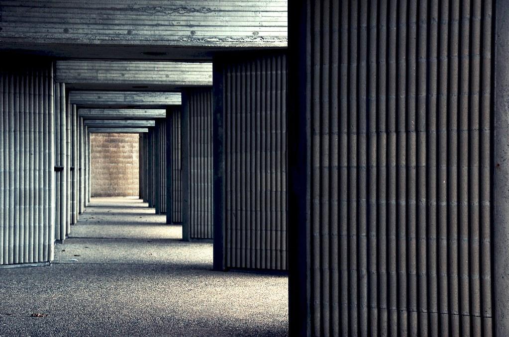 070/365 - Abstract Alma Mater