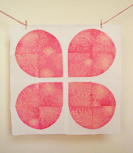 Do good sitches retro flower block- pink