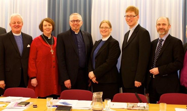 Frambjóðendur í kjöri til biskups Íslands