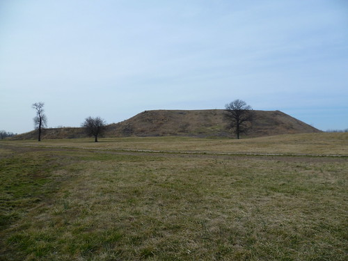 STL-Cahokia Mounds
