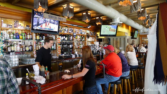 Flying Beaver Bar & Grill 0034