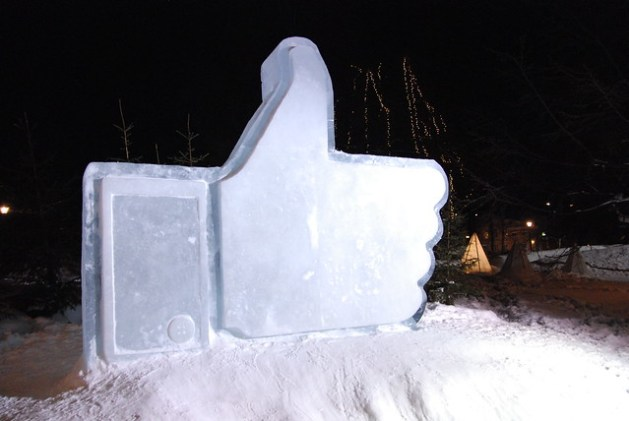 Facebook ice sculpture in Luleå