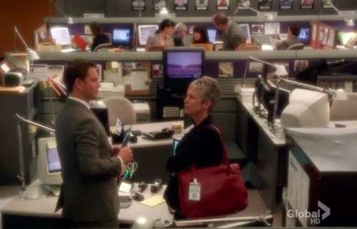 DiNozzo and Dr Ryan