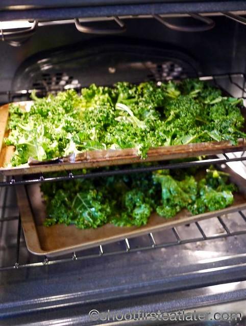 crispy baked kale chips-008