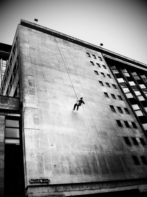 Grateful Ghoul: Running up that building