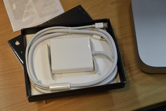 Mini DisplayPort to Dual Link DVI