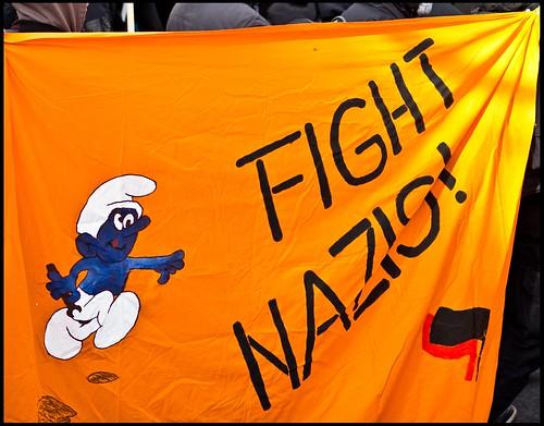 Fight Nazis!