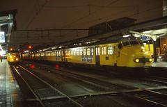 """""""Uit de oude doos/Archive"""": EMU NS Mat.'54 739+348 Hondekop @ Arnhem (NL)"""
