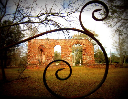 Ruins through the gate