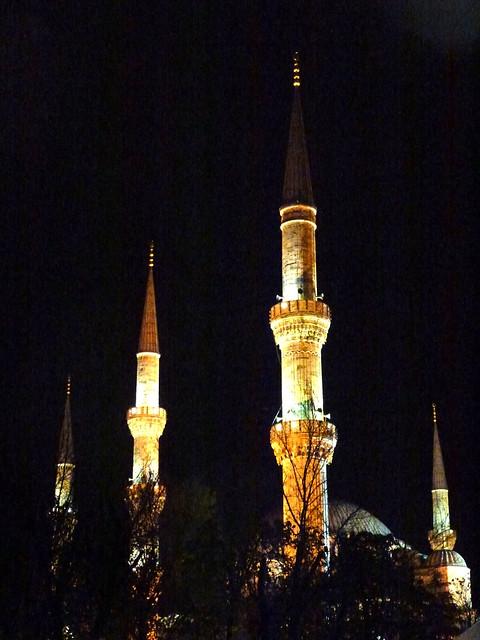 Istanbul - avril 2012 - jour 1 - 043 - Sultanahmet Camii