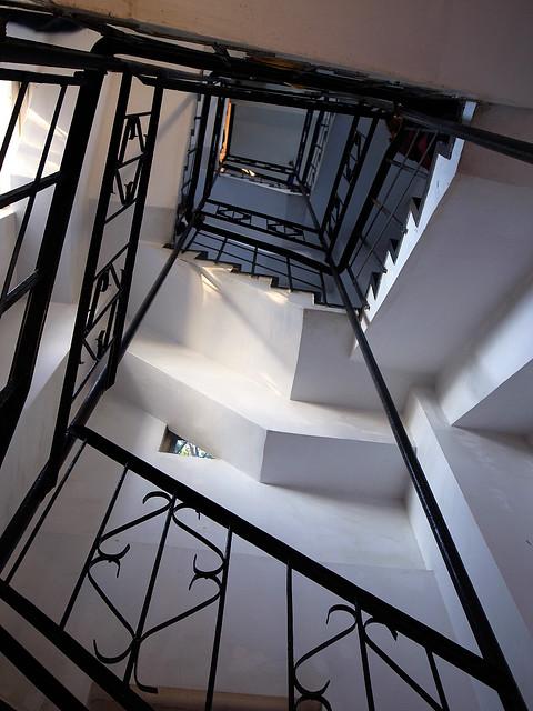 這是瞭望塔內部的樓梯,其實不難爬,沒有很陡。