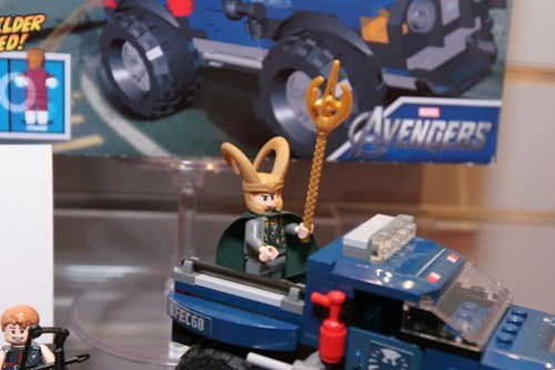 Toy Fair 2012 - LEGO Marvel Super Heroes - 6867 Loki's Cosmic Cube Escape - 5