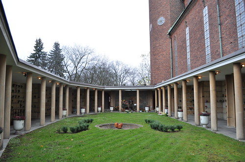 2011.11.11.148 - STOCKHOLM - Högalidsparken - Högalidskyrkan