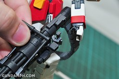 MG 1-100 Gundam HeavyArms EW Unboxing OOTB Review (70)