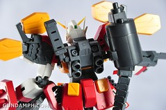 MG 1-100 Gundam HeavyArms EW Unboxing OOTB Review (97)