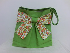 Pretty bow bag in flashy green