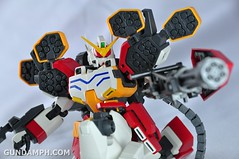 MG 1-100 Gundam HeavyArms EW Unboxing OOTB Review (106)