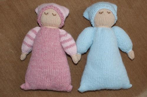 Sleepy Dolly Friends - Sarah and Julianna