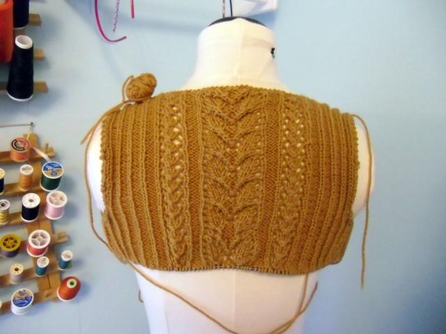 Agatha sweater - on form