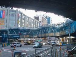 No.47 阿倍野歩道橋を地上から望む(北側)2