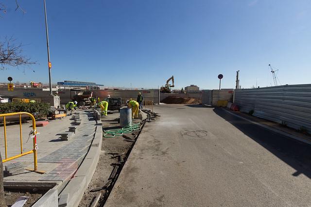 Trabajos de acceso para camiones en Josep Soldevilla con Onze de Setembre - 15-02-12