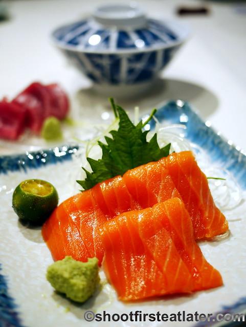 salmon sashimi P1,450