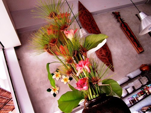 Payung torch ginger flowers decor